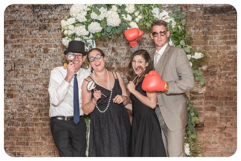Laren&Bob-Wedding-Photobooth-136.jpg