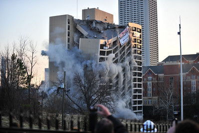 Roosevelt House Implosion - Feb. 27, 2011