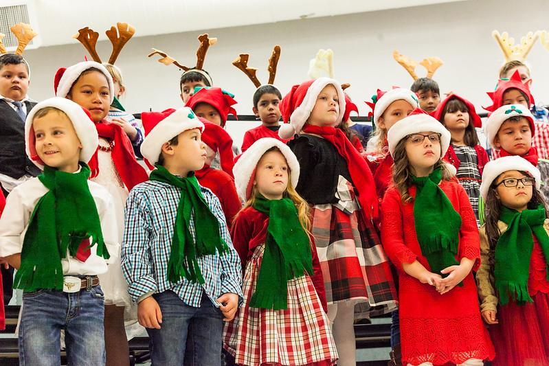 Christmas Kindergarten-59.jpg
