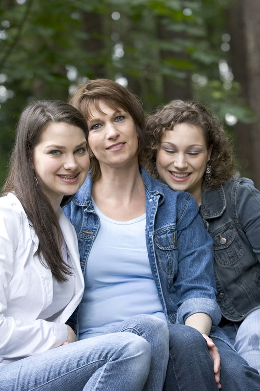 Family_T025.jpg