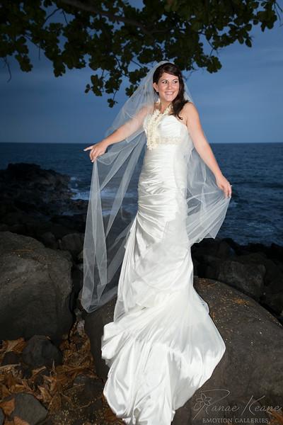 213__Hawaii_Destination_Wedding_Photographer_Ranae_Keane_www.EmotionGalleries.com__140705.jpg