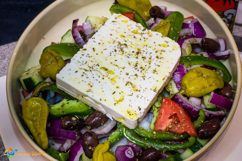 Greek_Salad-06603010.jpg
