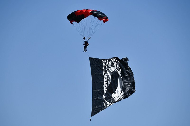 Black Daggers and British Red Devils Parachute Jump