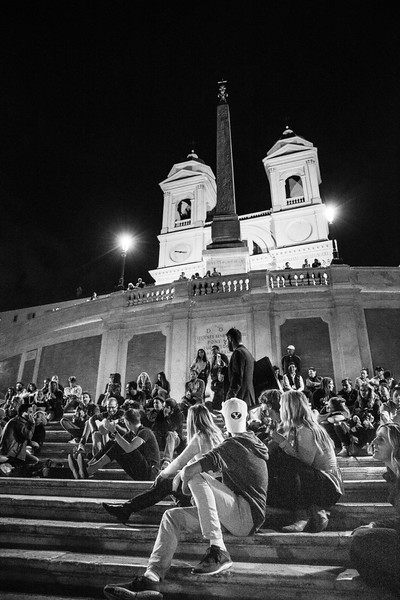 A fun sing-a-long on the Spanish steps in Rome.