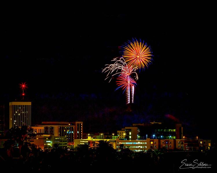 Tucson Fireworks 7-4-2018f-2.jpg