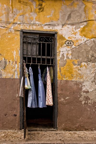 Cuba Havana store or laundry 9493.jpg