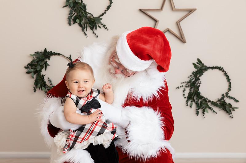 Santa 2017 HIGH Res 370A1047-Edit.jpg