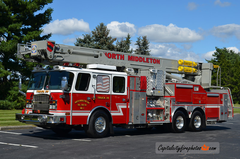 North Middleton Truck 39: 2005 E-One Cyclone II 2000/300 100' Bronto