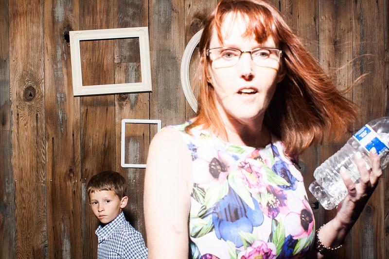 SavannahTimPhotobooth-0375.jpg