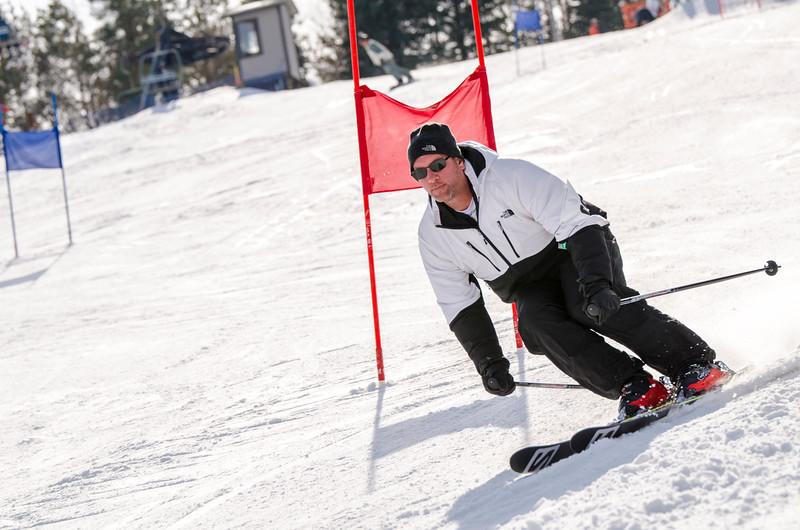 Standard-Races_2-7-15_Snow-Trails-126.jpg