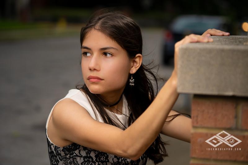 Marisol Chavez Senior-02056.jpg