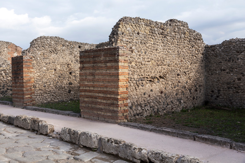 Pompeii 6990.jpg