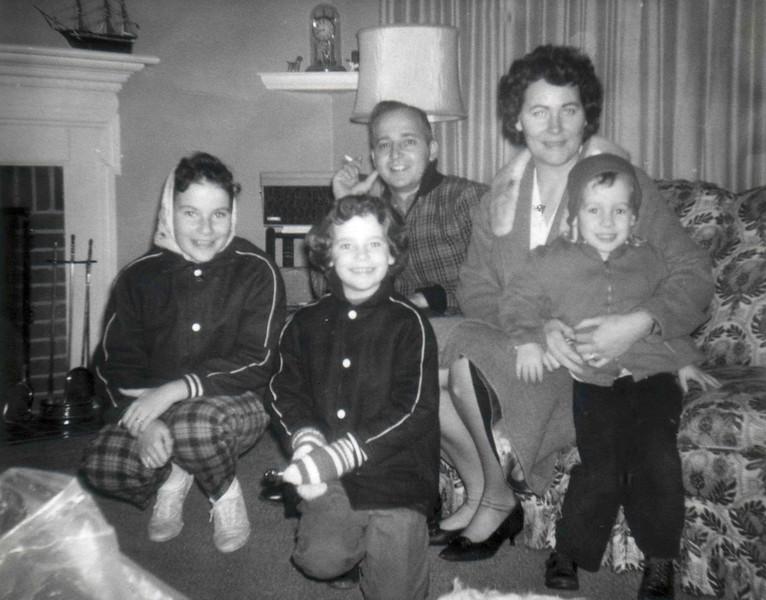 FAMILY_1958.jpg