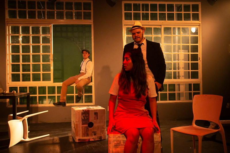 Allan Bravos - Celia Helena - O Beijo no Asfalto-2012.jpg