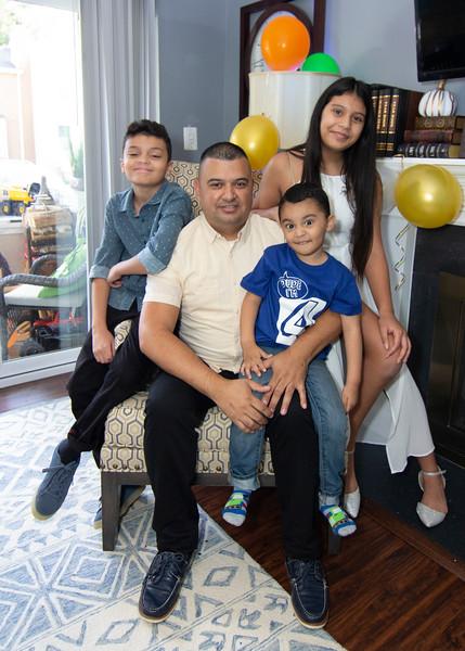 2020 10 Jose and Susanah Family _MG_066044.jpg