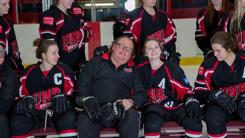 2017-Blazers, Hockey-4-9739.jpg