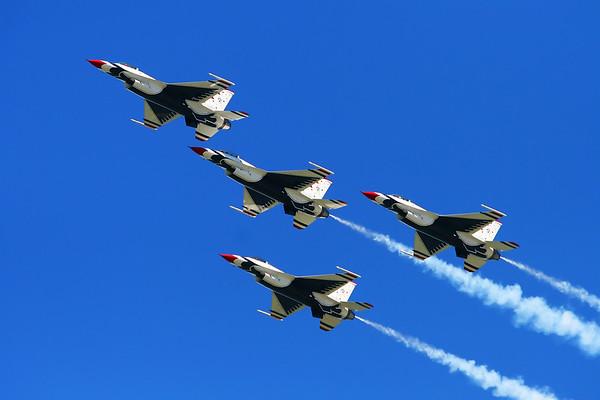 Thunderbirds Air Show Practice Cleveland Ohio 08/31/2007