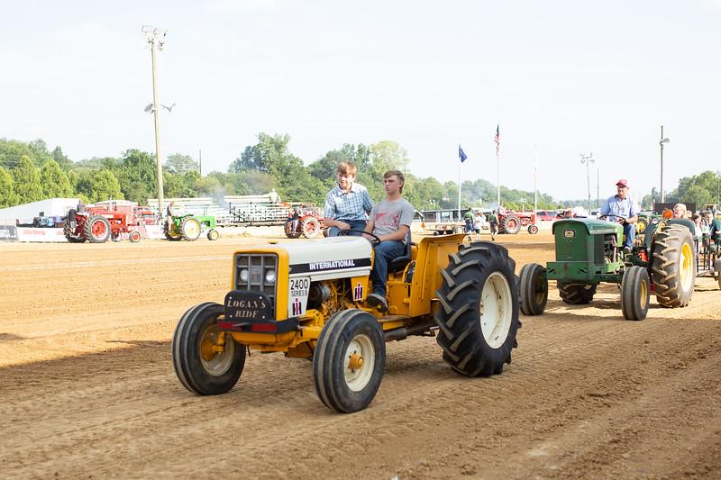 Antique Tractor Parade-27.jpg