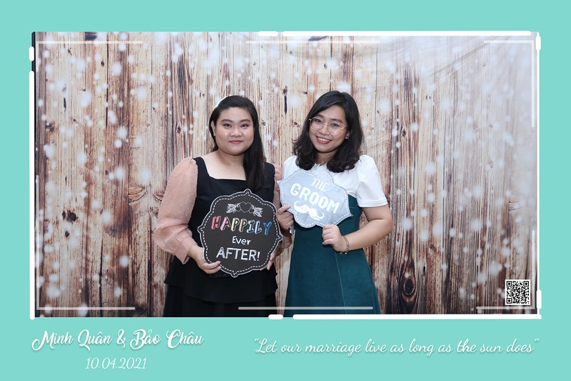 QC-wedding-instant-print-photobooth-Chup-hinh-lay-lien-in-anh-lay-ngay-Tiec-cuoi-WefieBox-Photobooth-Vietnam-cho-thue-photo-booth-117.jpg