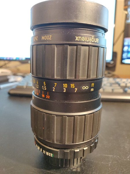 Angenieux 35-70mm 2.5-3.3 - Serial 1492022 002.jpg