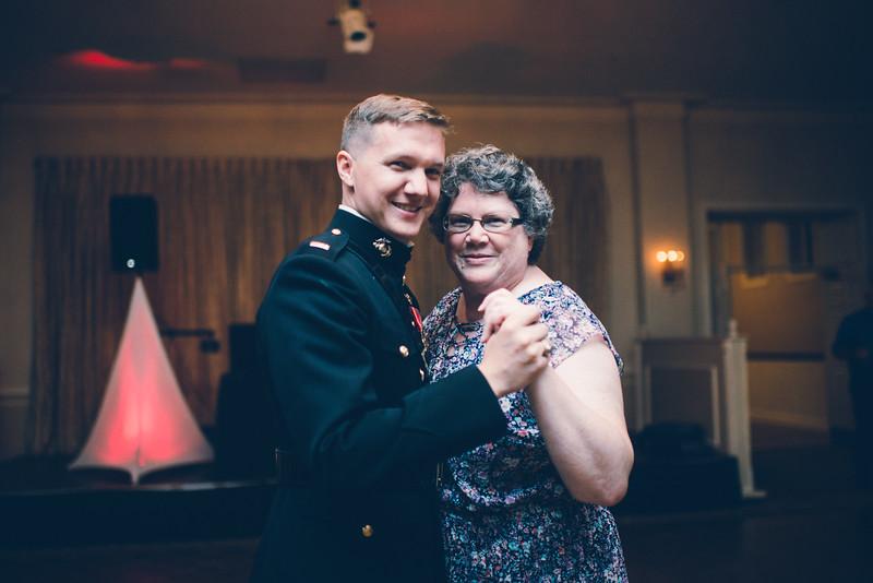 Philadelphia Wedding Photographer - Bernreuther-662.jpg