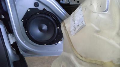 2003 grand am SE1 Front Door Speaker Installation - USA