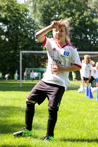 hsv_fussballschule-392_48047996713_o.jpg