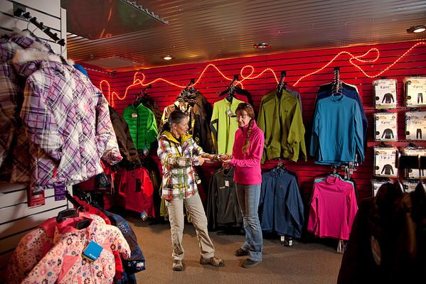 Suites-Lodge-Condo-Cabin-Store