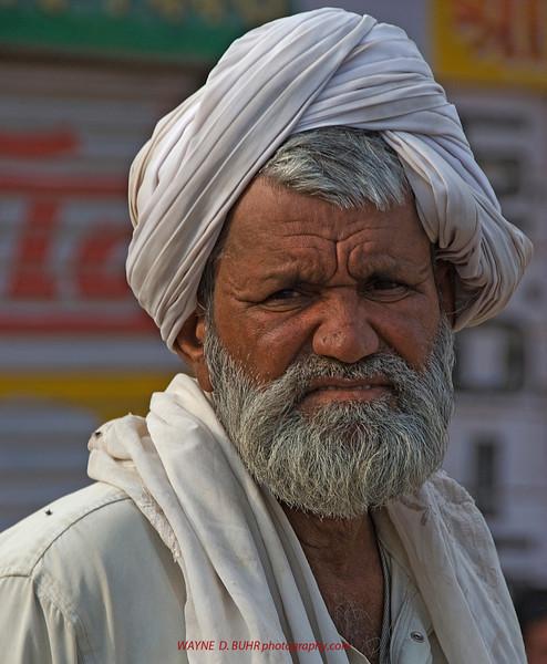 INDIA2010-0208A-21A.jpg