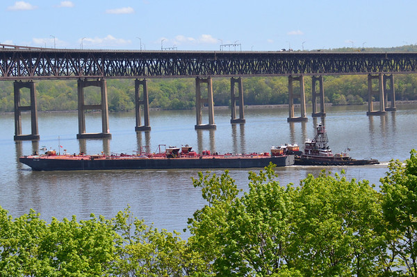 Mc Allister Sisters / RTC 120 5/7/13 11:19 Newburgh Beacon Bridge