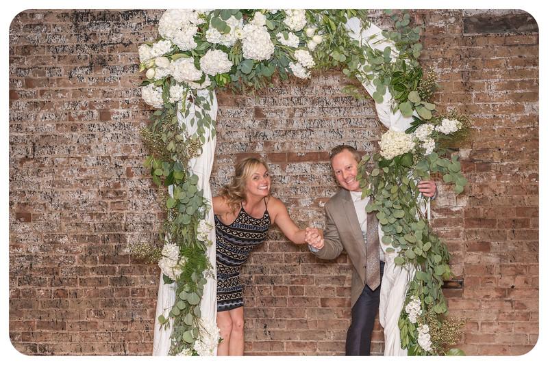 Laren&Bob-Wedding-Photobooth-134.jpg