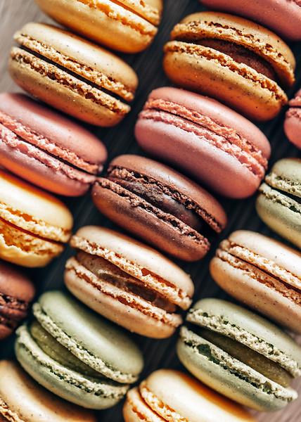 macarons-vertical-free-photo-picjumbo-com.jpg