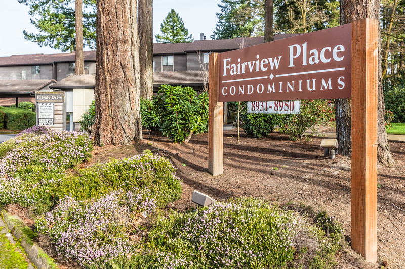 8934 SW Fairview Place, Tigard OR