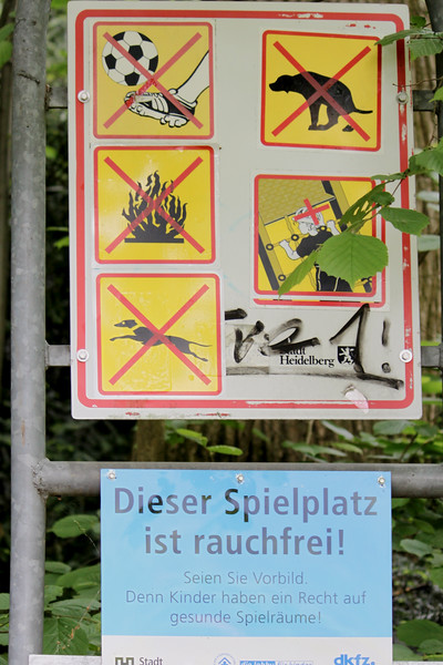 A sign along Philosophenweg in Heidelberg