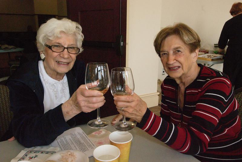 2013-11-14-Seniors-Ministry-Wine-Tasting_011.jpg