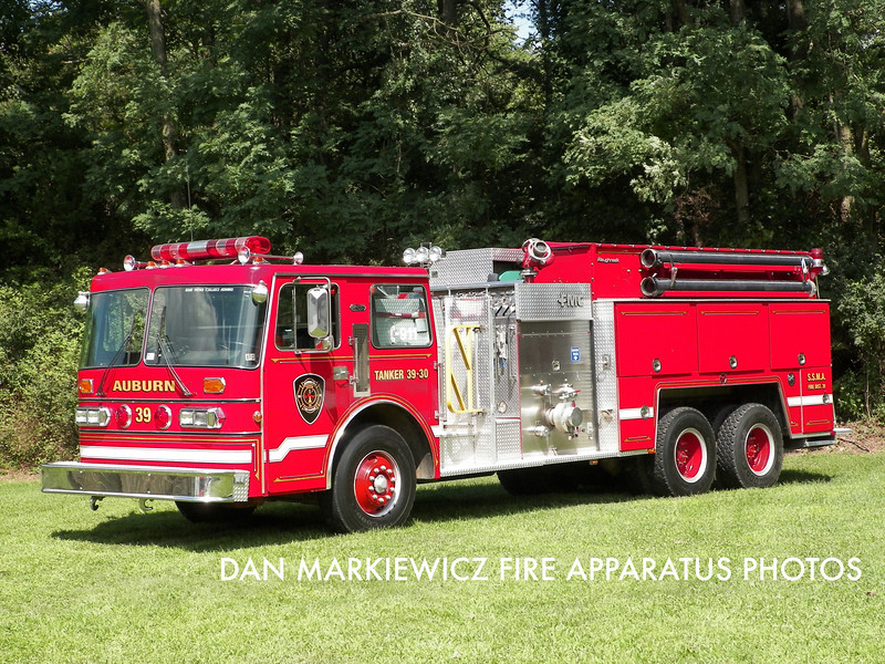 AUBURN FIRE CO. TANKER 39-30 1986 DUPLEX/FMC TANKER