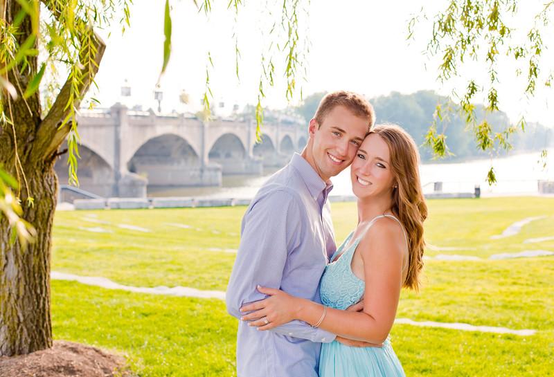 Engagement-Photography-Indianapolis_Kate_Kyle-001_135.jpg