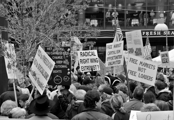 Cincinnati Tea Party Fountain Square B&W 2009