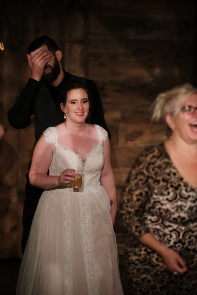 rustic_ohio__fall_barn_wedding-470.jpg