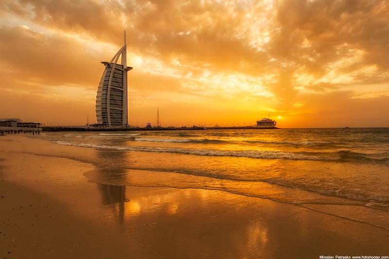 Dubai-IMG_8689-web.jpg