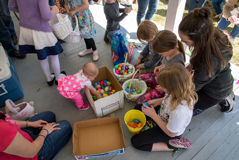 easter-egg-hunt-2017-612.jpg