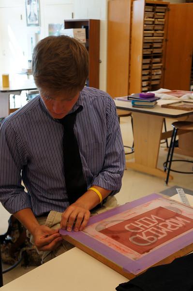 Lutheran-West-Art-Class-Silk-Screen-T-Shirts--September-2012--14.JPG