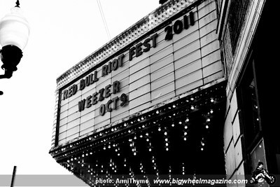 Weezer - Urge Overkill - Teenage Bottlerockets - White Mystery - Congress Theatre - Chicago, IL - October 9, 2011