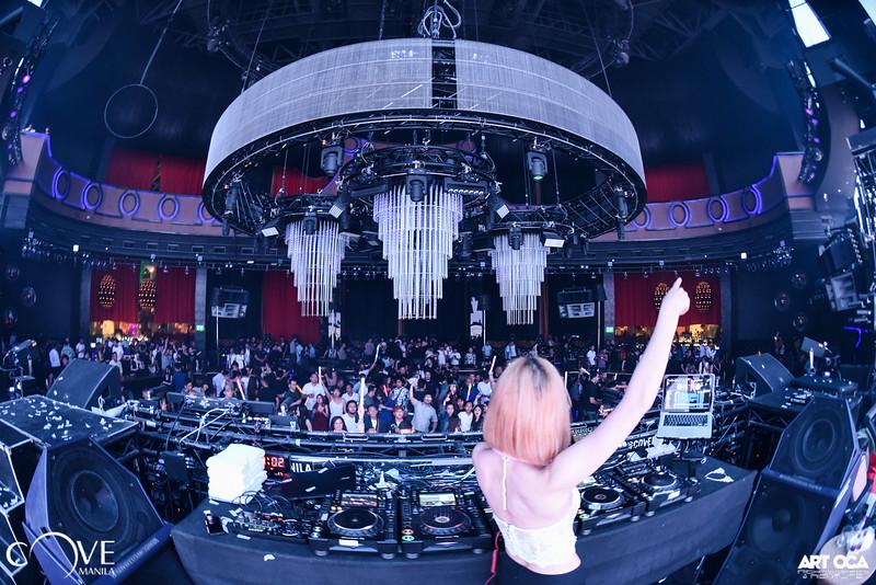 DJ Cyndi at Cove Manila (12).jpg