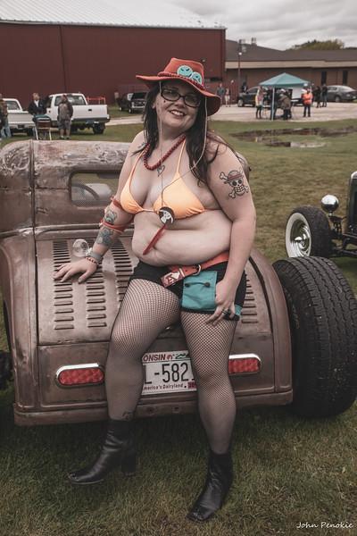 Event: Monsters Model Motars (MMM) 2019 Model: Sam Gerrits -  Llamalicious Cosplay Hair: Self MUA: Self SFX MUA:  Photographer: John Penokie / EyeOnYouPhotos.com  Car Year: Make: Model: Owner: