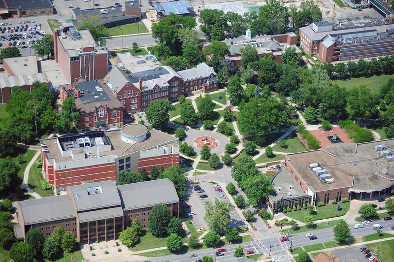 campus5456.jpg