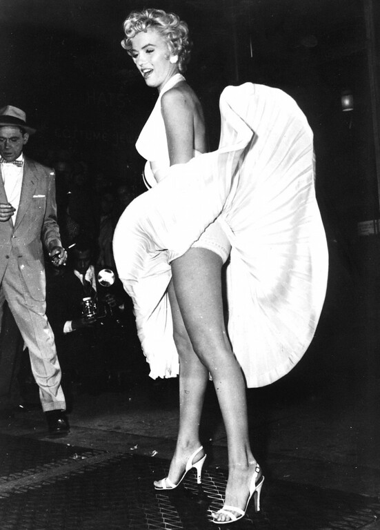 ". Our undated picture shows Marilyn Monroe in the famous scene from the movie ""the seven year itch\"". (AP Photo)"