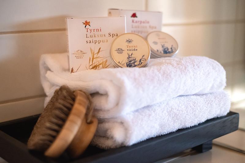 Saaren Taika luksus spa saippuat sheavoi-3923.jpg