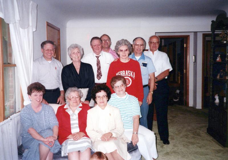 1998 Marvin, Vivian, Dean Lashbrook, Ben Bennett, Sandy, Lloyd, Doc; Jan, Wilma, Eileen, Lu.jpeg