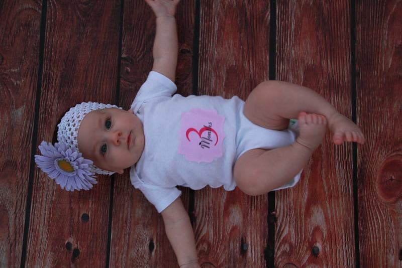 Evie-3 months (139).JPG